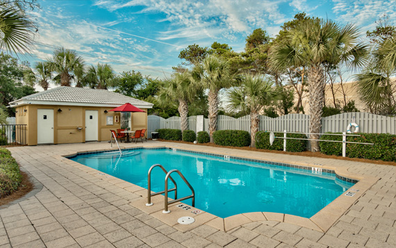 Emerald Shores has 2 pools